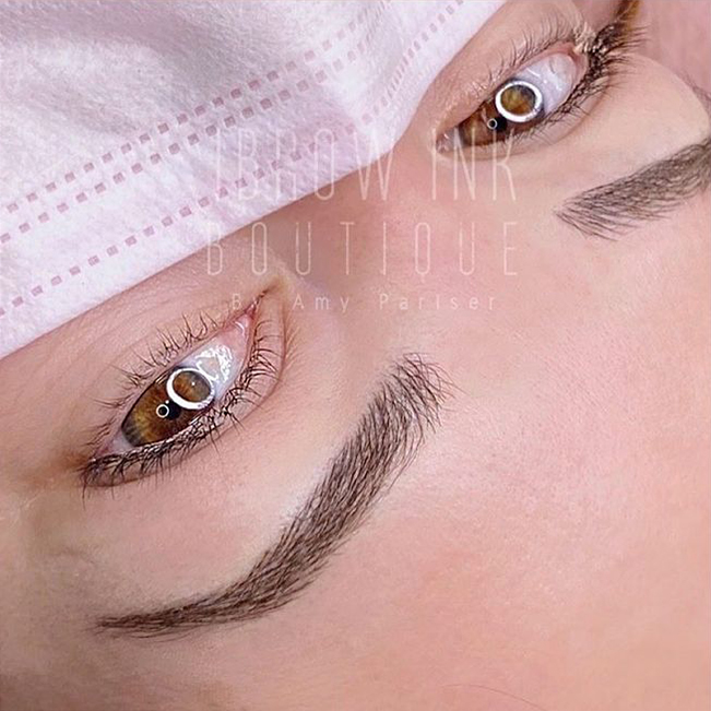Microblading the perfect brows