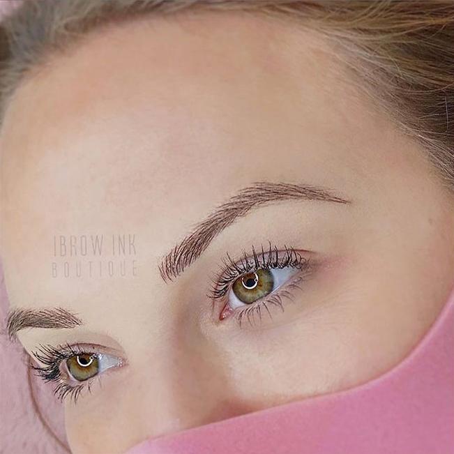 Microblading perfect eyebrows